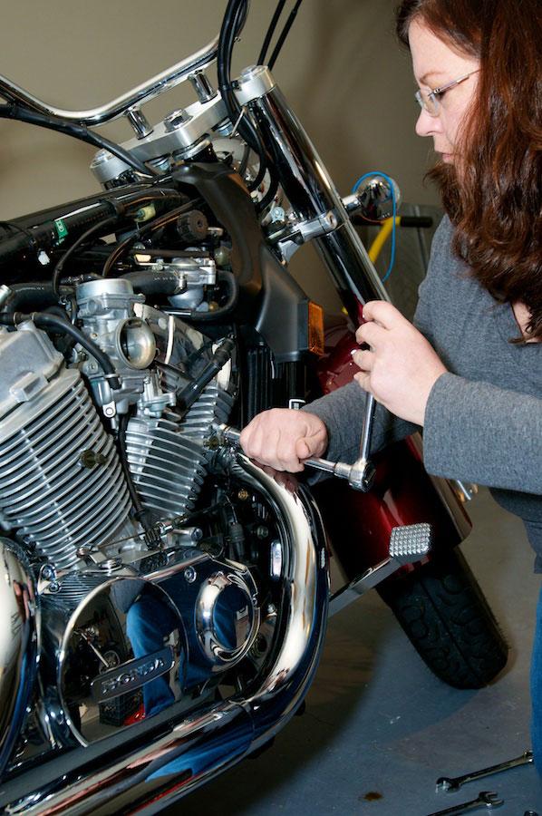 removing header nut honda aero