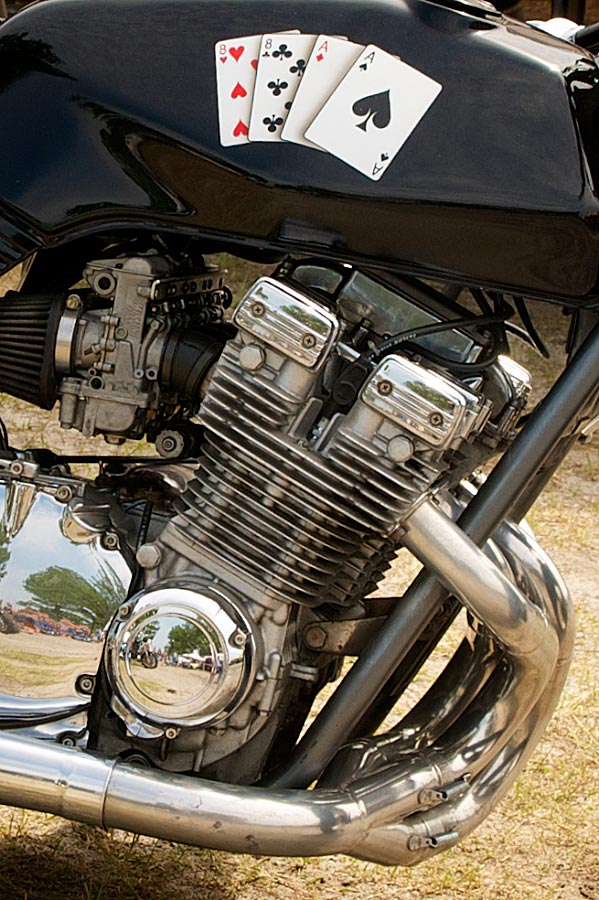 close up view suzuki gs 1100 drag bike engine