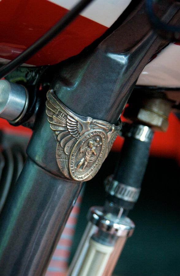 harley davidson flathead bobber front down tube detail