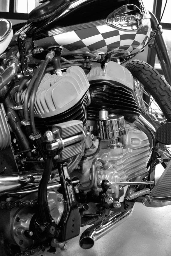 harley davidson 45 flathead bobber engine hank young pipes detail