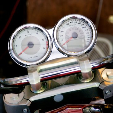 victory cross roads tachometer kit installed rider position