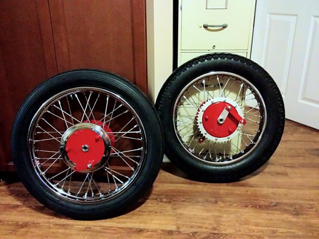 vincent rapide chinese red wheels