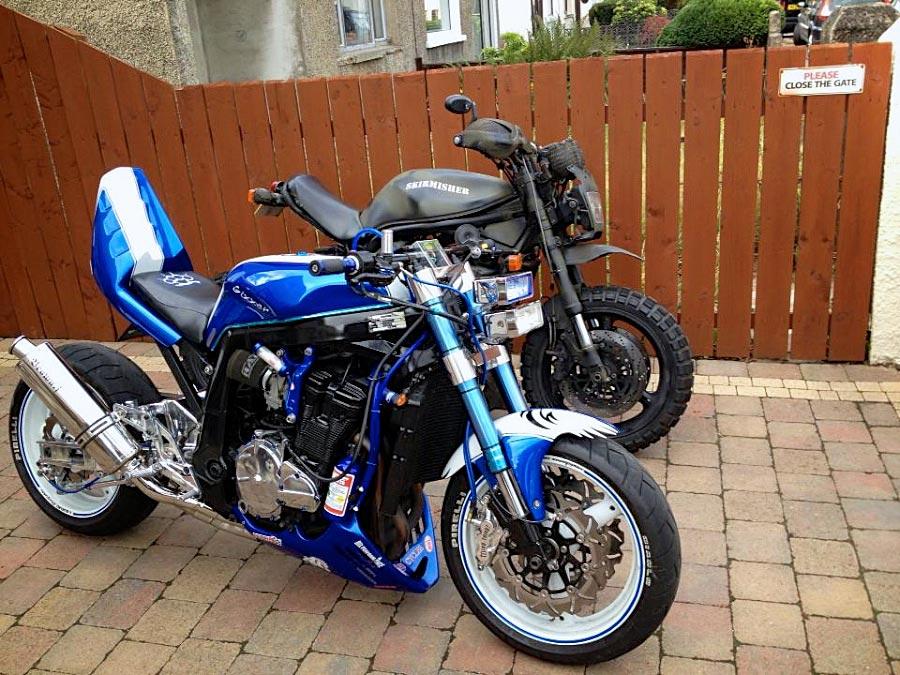 custom suzuki gsxr and suzuki bandit right side view