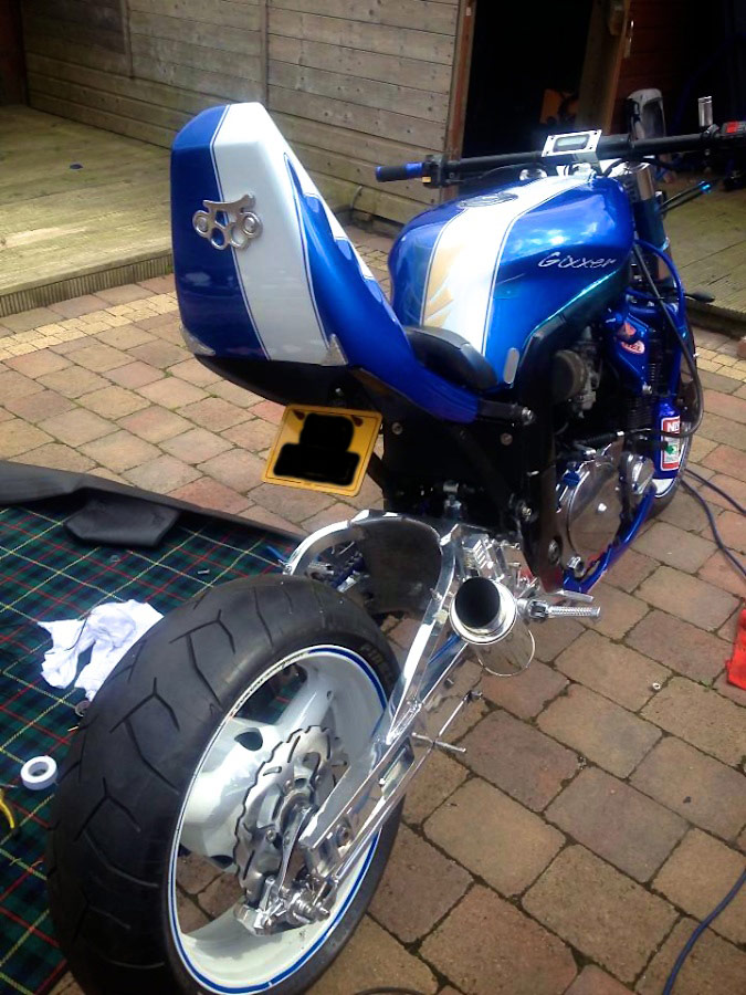 1995 GSXR 750 street fighter tail section rear view