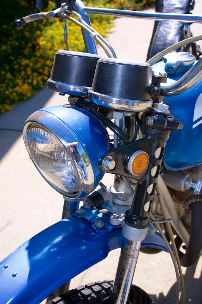 1971 Honda SL 350 left side view headlight