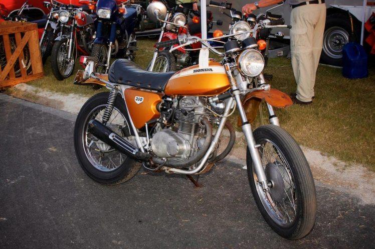 beaten up unrestored 1970 Honda SL 350 at barber vintage days
