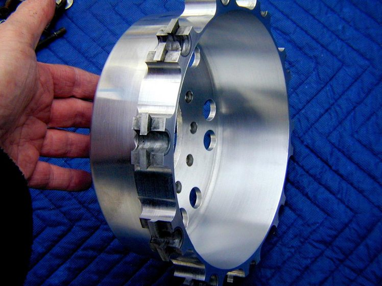 yamaha rz 350 forkless design front brake hub without dual rotors