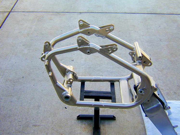 yamaha rz 350 forkless design frame detail